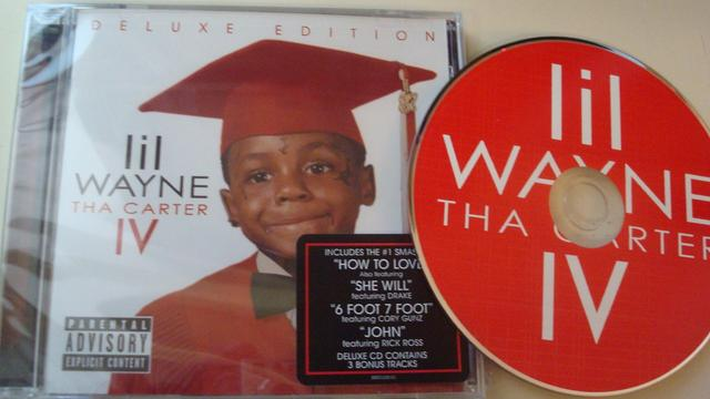 Cover: Lil Wayne - Tha Carter IV-(Deluxe Edition)-2011-CR