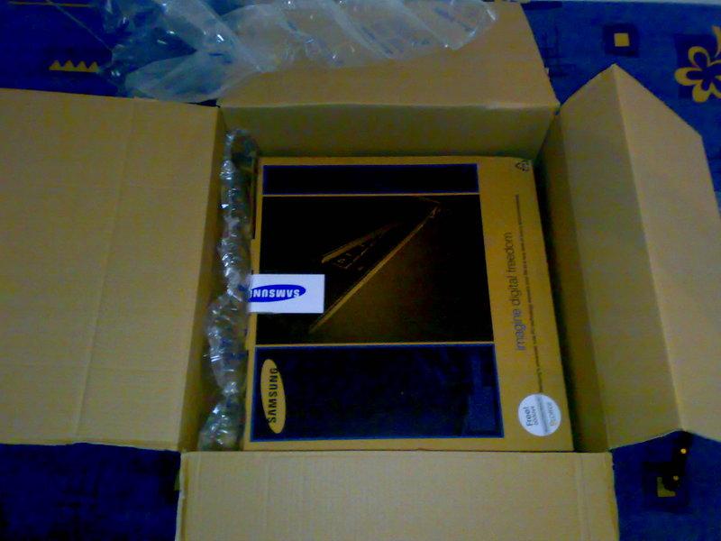 01102008115eri - [Review] Samsung E152-Aura T5750 Dajuan