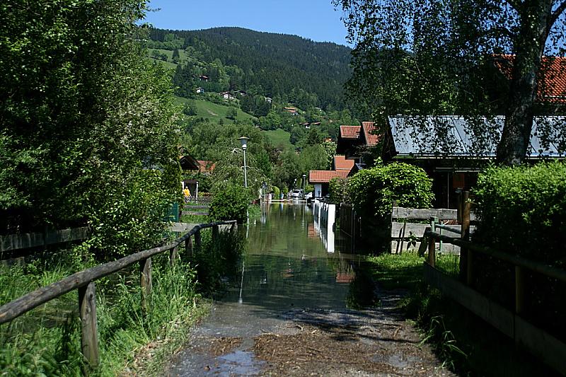 http://www.abload.de/img/05.06.10_hochwasser8g5qb.jpg