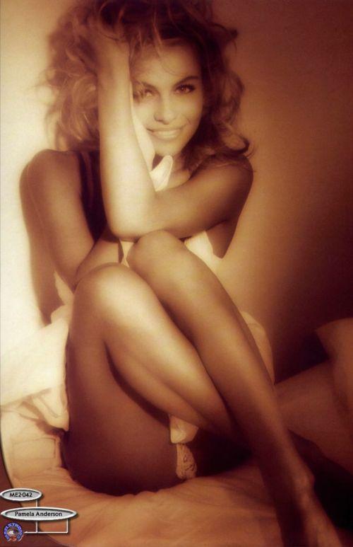 Młoda Pamela Anderson 34
