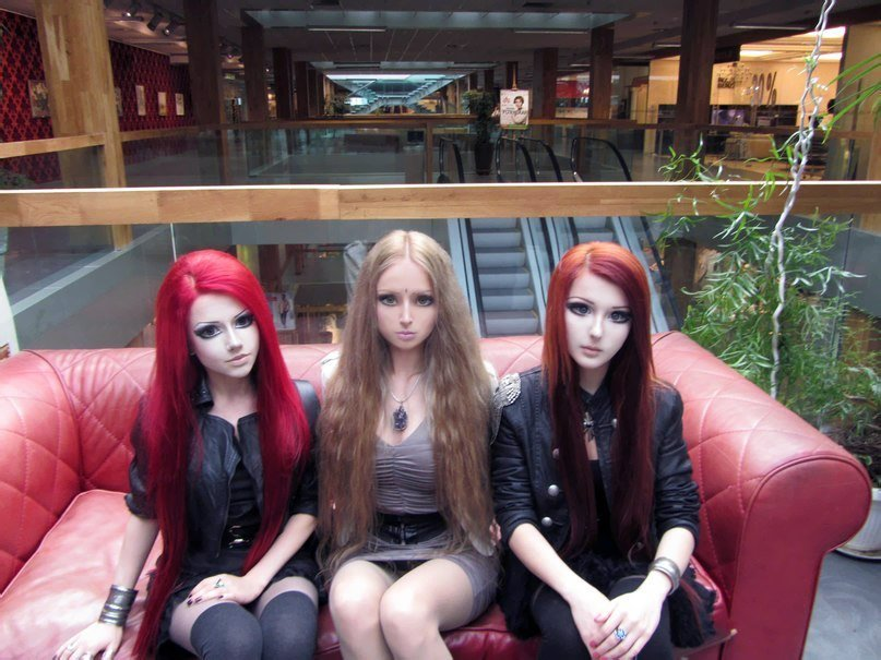Dziewczyny przypominające lalki 11