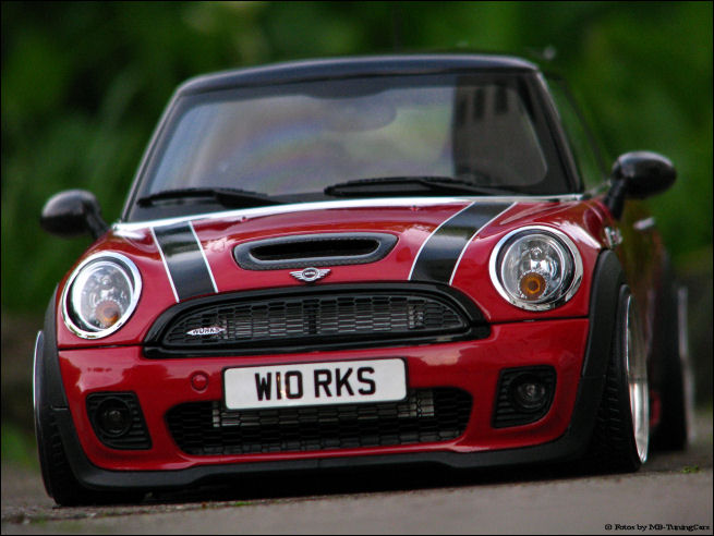 1 18 tuning bmw mini cooper s rot john cooper works mit 18 mam echt alus rar ebay. Black Bedroom Furniture Sets. Home Design Ideas