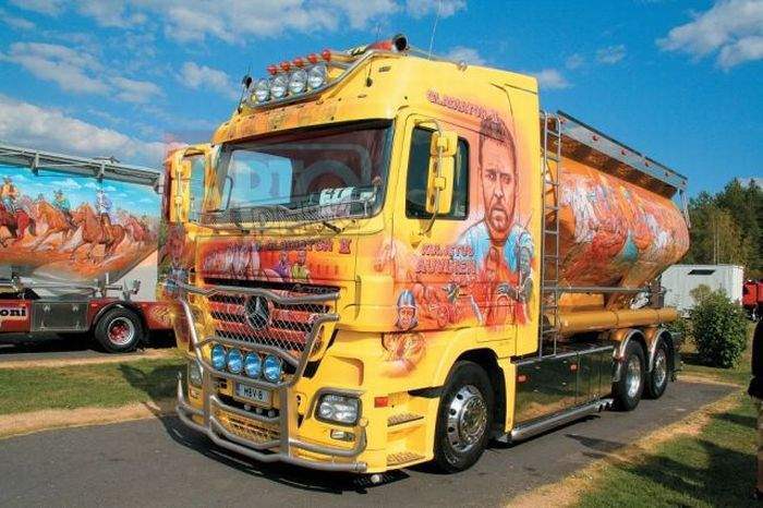 Aerografia: ciężarówki 27