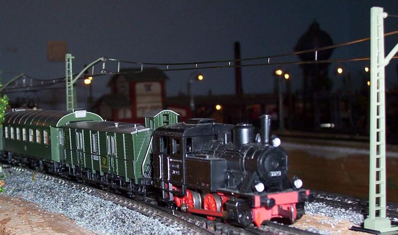 Züge bunt gemischt... 1000653.1x8jhs