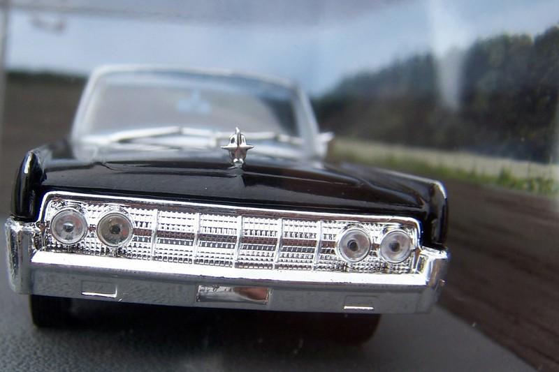 007 james bond lincoln continental convertible 1 43 boxed car model goldfinger ebay. Black Bedroom Furniture Sets. Home Design Ideas
