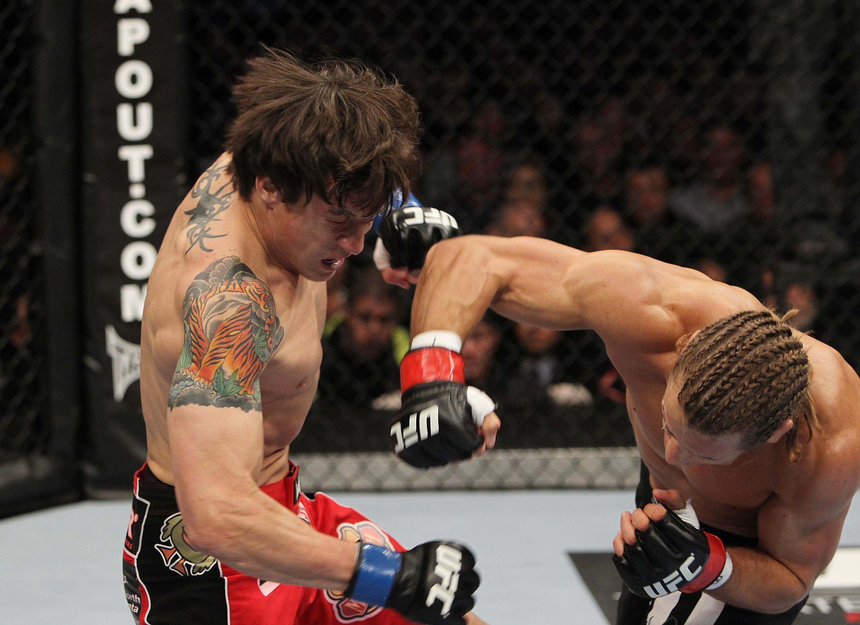 Faber klingelt Bowles an. (Foto via UFC.com)