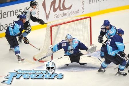 Groupon Hamburg: Ticket für Heimspiel der Hamburg Freezers für nur 9€ pro Person - Kategorie E - Eishockey - o2 World!