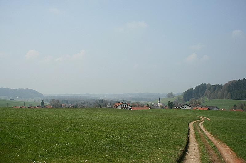 http://www.abload.de/img/17.04.10_landschaft5pys.jpg
