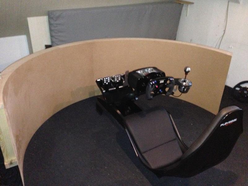 monitore f r multimonitoring seite 2. Black Bedroom Furniture Sets. Home Design Ideas