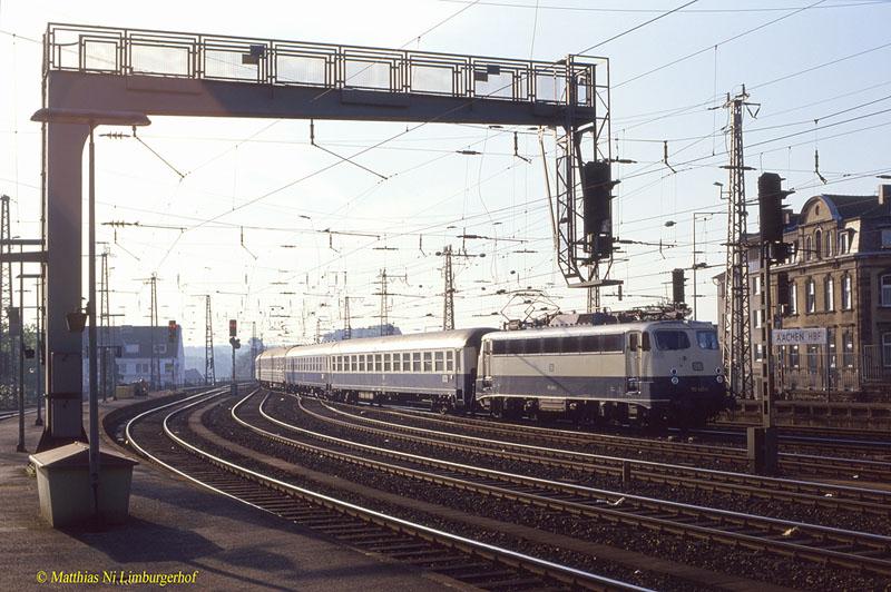 http://www.abload.de/img/1986-08-063454110_426dm74y.jpg