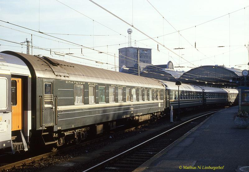 http://www.abload.de/img/1986-08-063460szdwlabm27o1.jpg