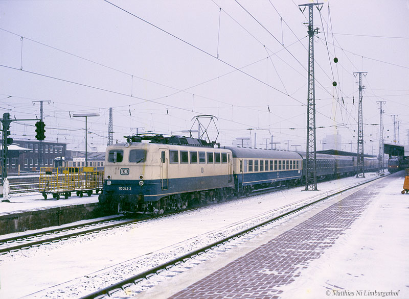 http://www.abload.de/img/1987-01-1114110_243d41a0q2.jpg