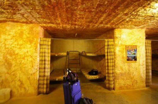 Coober Pedy - podziemne miasto 13