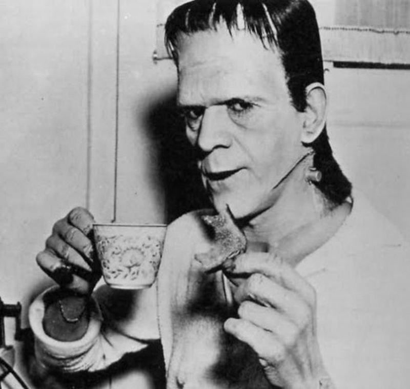 Za kulisami filmów: Frankenstein 10