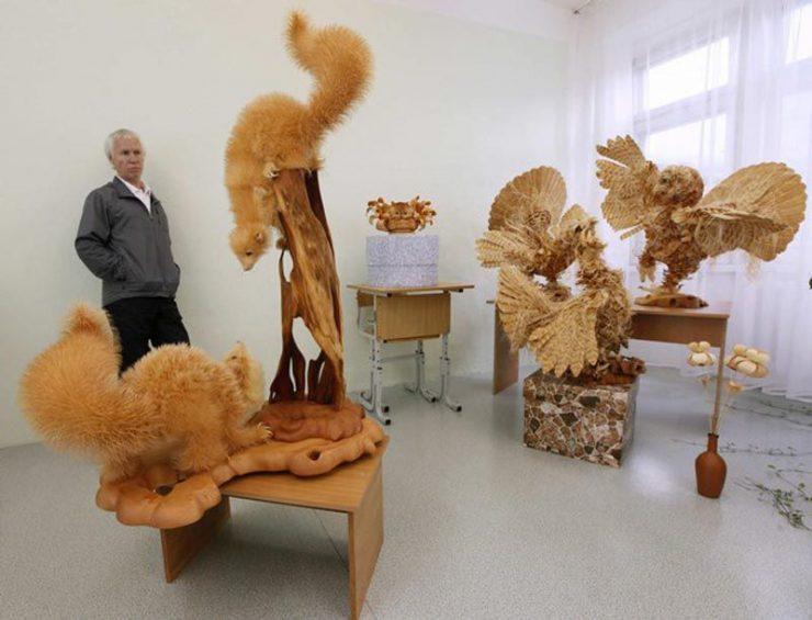Szczegółowe, drewniane rzeźby. 12