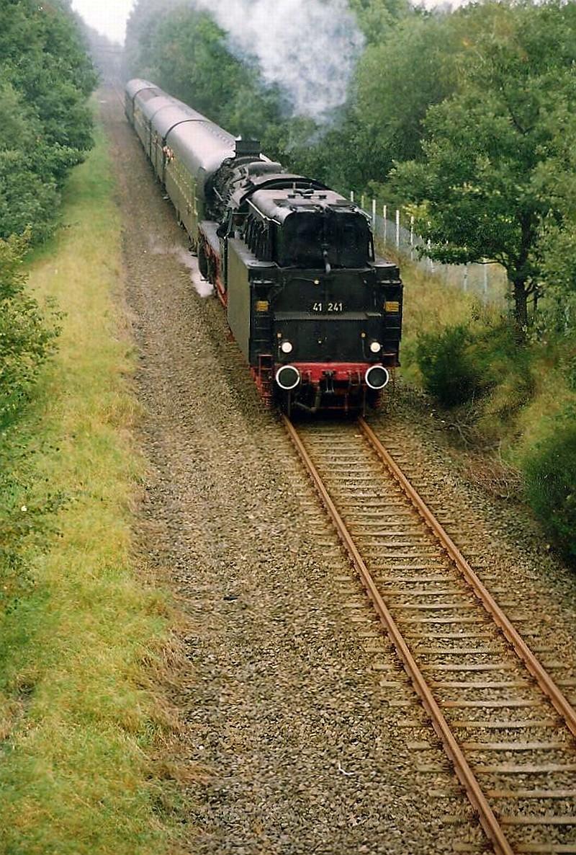 http://www.abload.de/img/20.09.92lennep-bergbornnzl.jpg