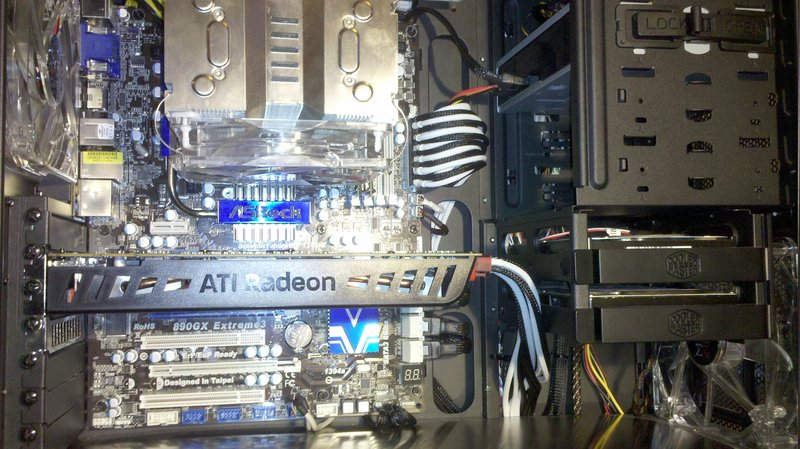http://www.abload.de/img/2010-12-05_16-22-11_712pe0.jpg