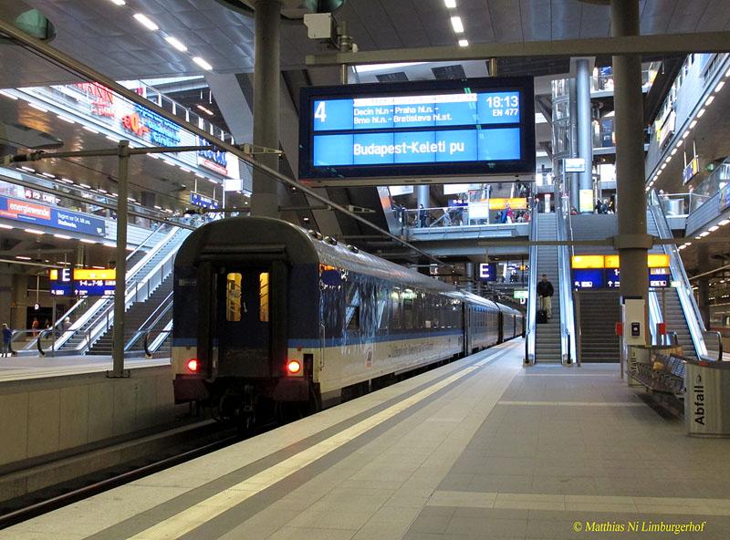 http://www.abload.de/img/2012-05-169467en477be8j7jl.jpg