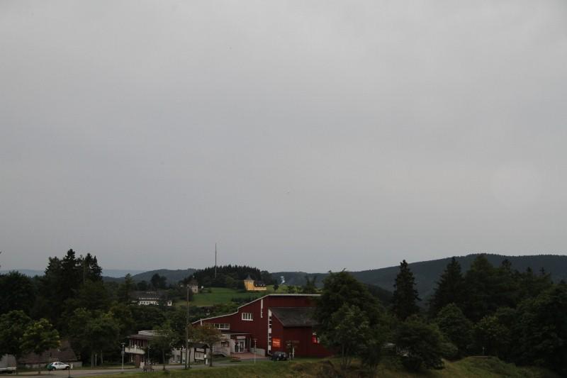 die ersten Bilder vom Schützenumzug 2012-08-05018800x533fvulh
