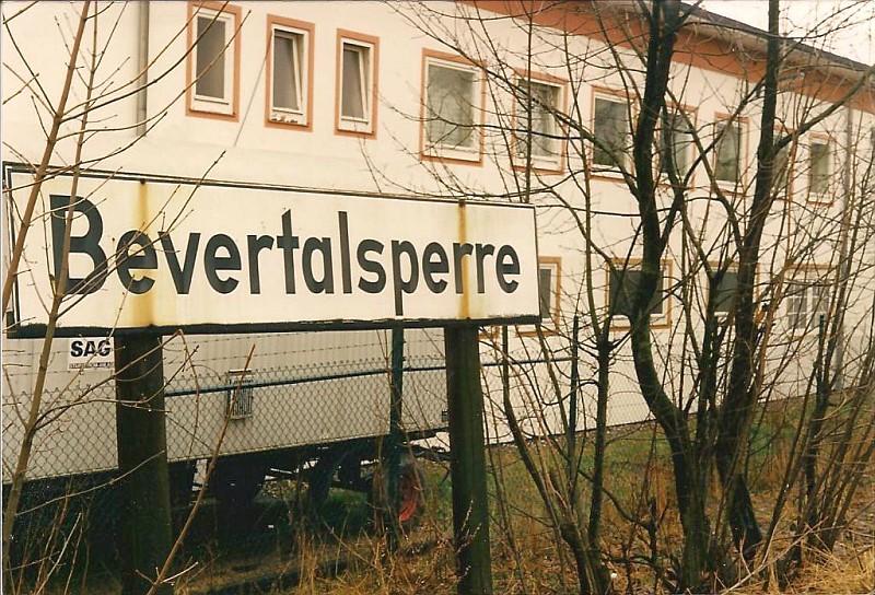 http://www.abload.de/img/21.03.1988bevertalsperpuof.jpg