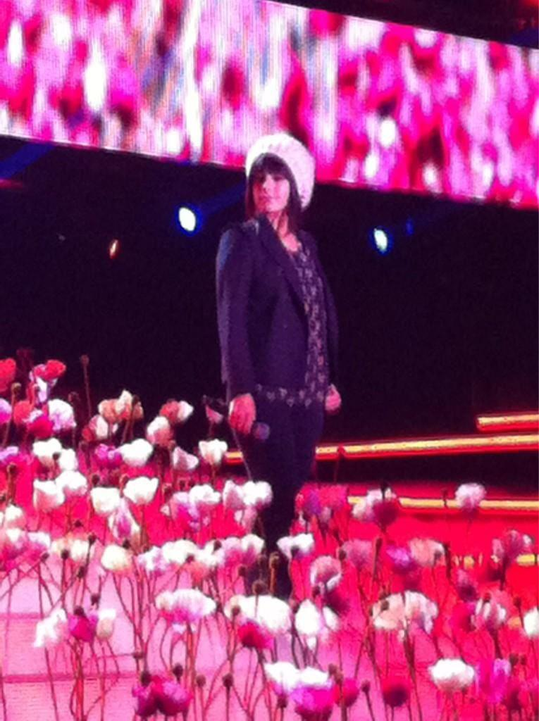 Alizée at repetitions of JJG special