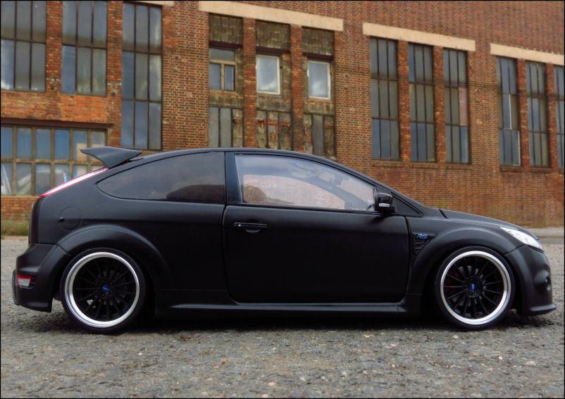 1 18 tuning ford focus rs 500 2010 matt black noir. Black Bedroom Furniture Sets. Home Design Ideas