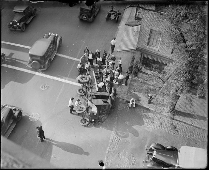 Wypadki samochodów w latach 30. 22