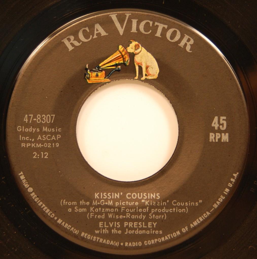 Kissin' Cousins / It Hurts Me 47-8307c96e2j