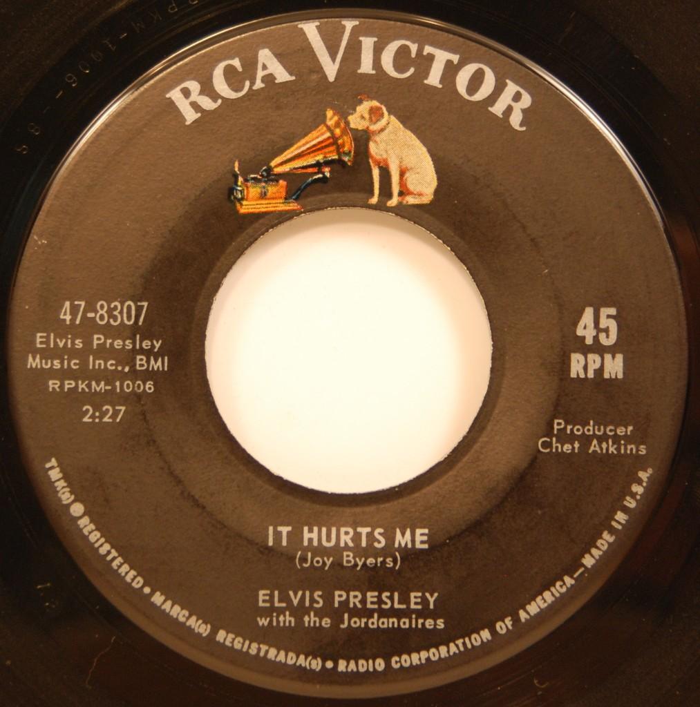 Kissin' Cousins / It Hurts Me 47-8307djydl4