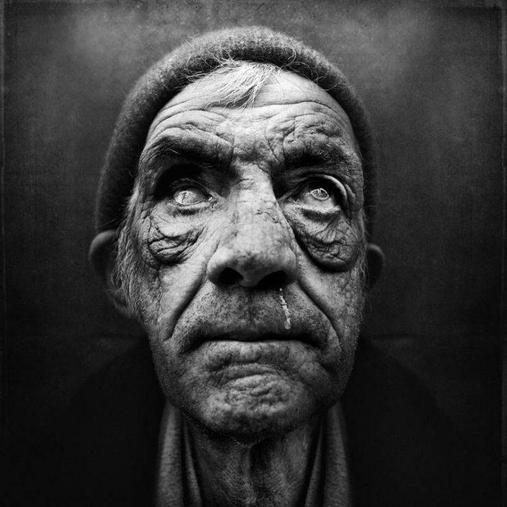 Niezwykłe zdjęcia bezdomnych. 13
