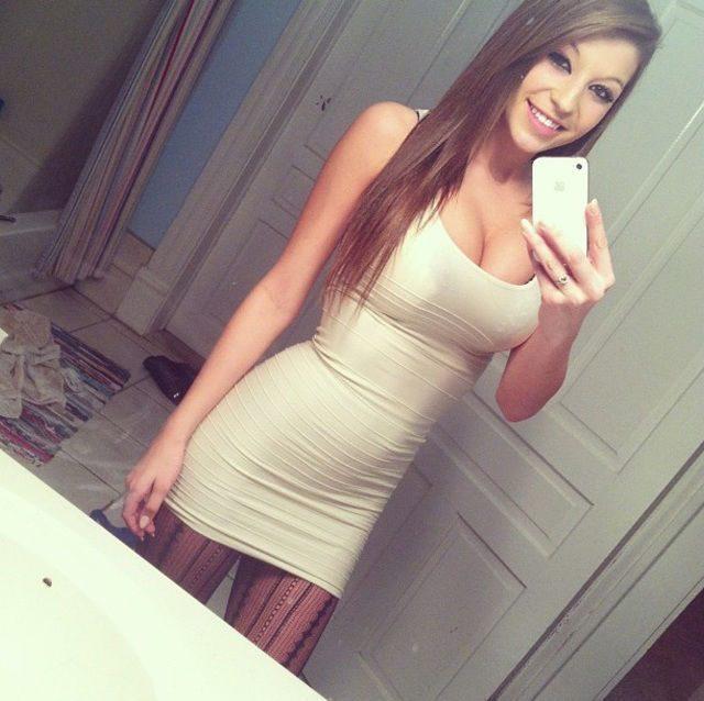 Obcisłe sukienki #12 1