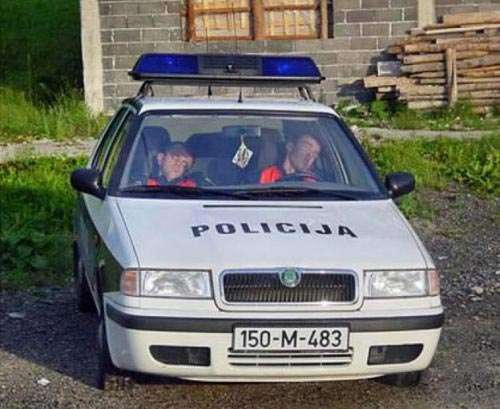 Policja na wesoło #2 12