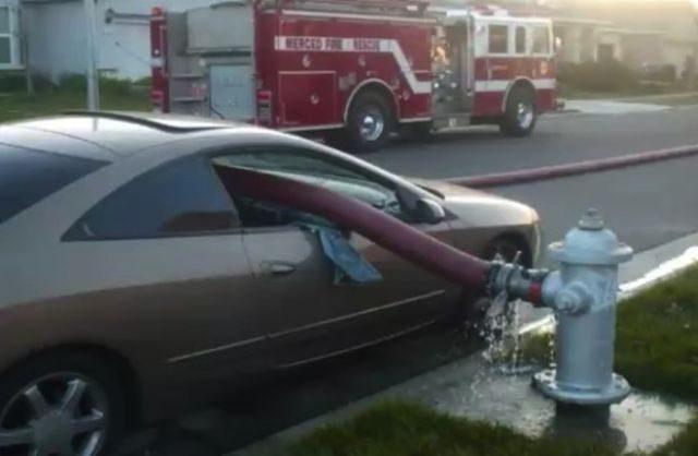 Nie parkuj obok hydrantów 3