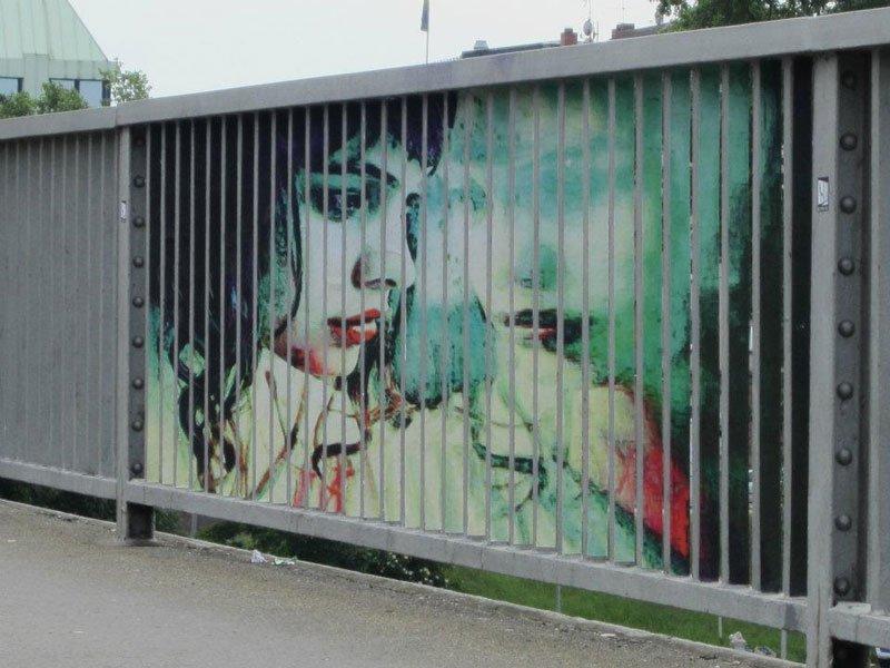 Street Art: Zebrating 19
