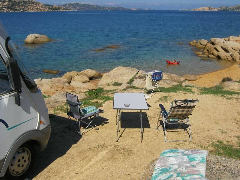 Campingplatz an kleiner sandbucht gesucht for Campingplatze sardinien