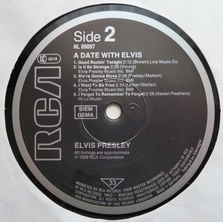 A DATE WITH ELVIS Adate83side2pckpg