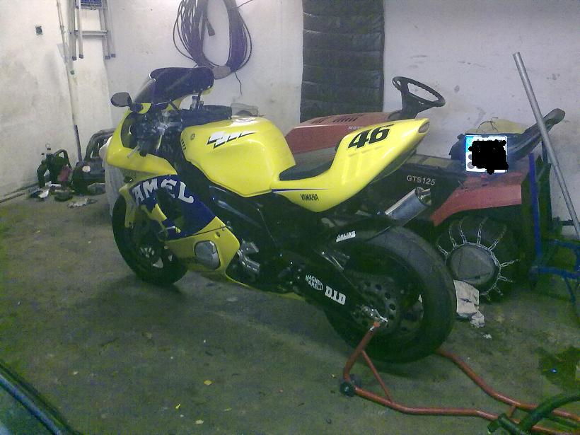Motor Forum Streetfighters Camel Fzr600r Picture To Pin On