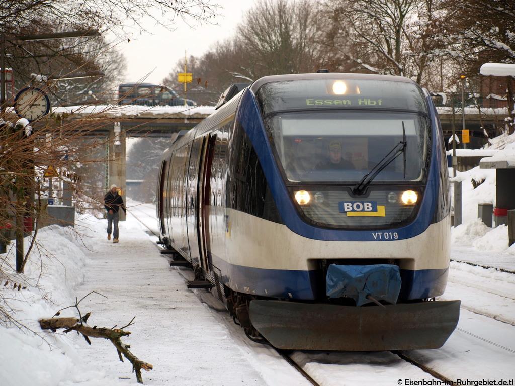 http://www.abload.de/img/bayerischeoberlandbahnc5fl.jpg