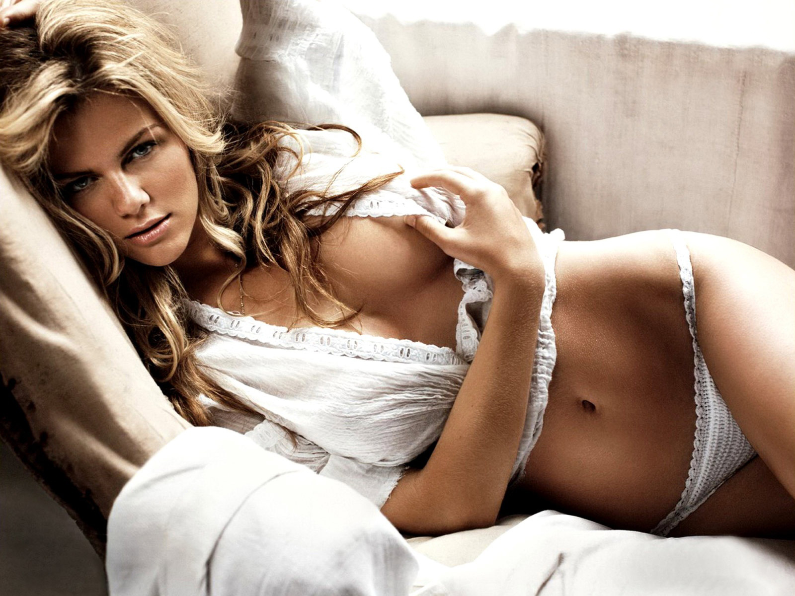 brooklyn decker 1600x179z2 Topics: anal sex ♦ gay marriage ♦ marriage equality