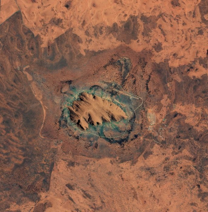 Uluru 9