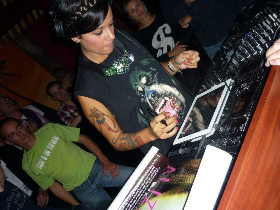 2012-09-22 - DJ Mix Set - Complexe KesWest