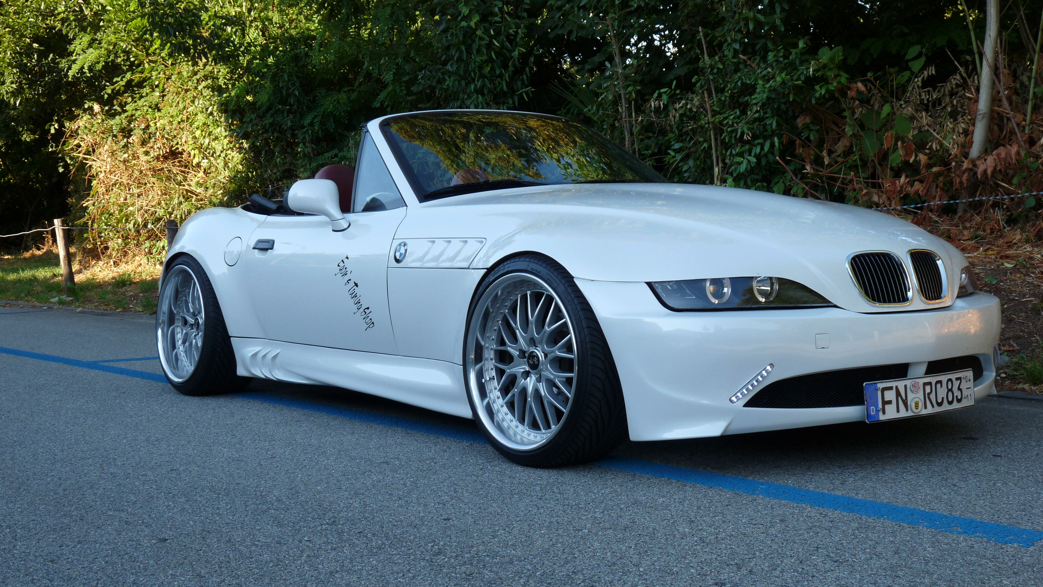 z3 white pearl bmw z1 z3 z4 z8 z3 roadster tuning fotos bilder stories. Black Bedroom Furniture Sets. Home Design Ideas