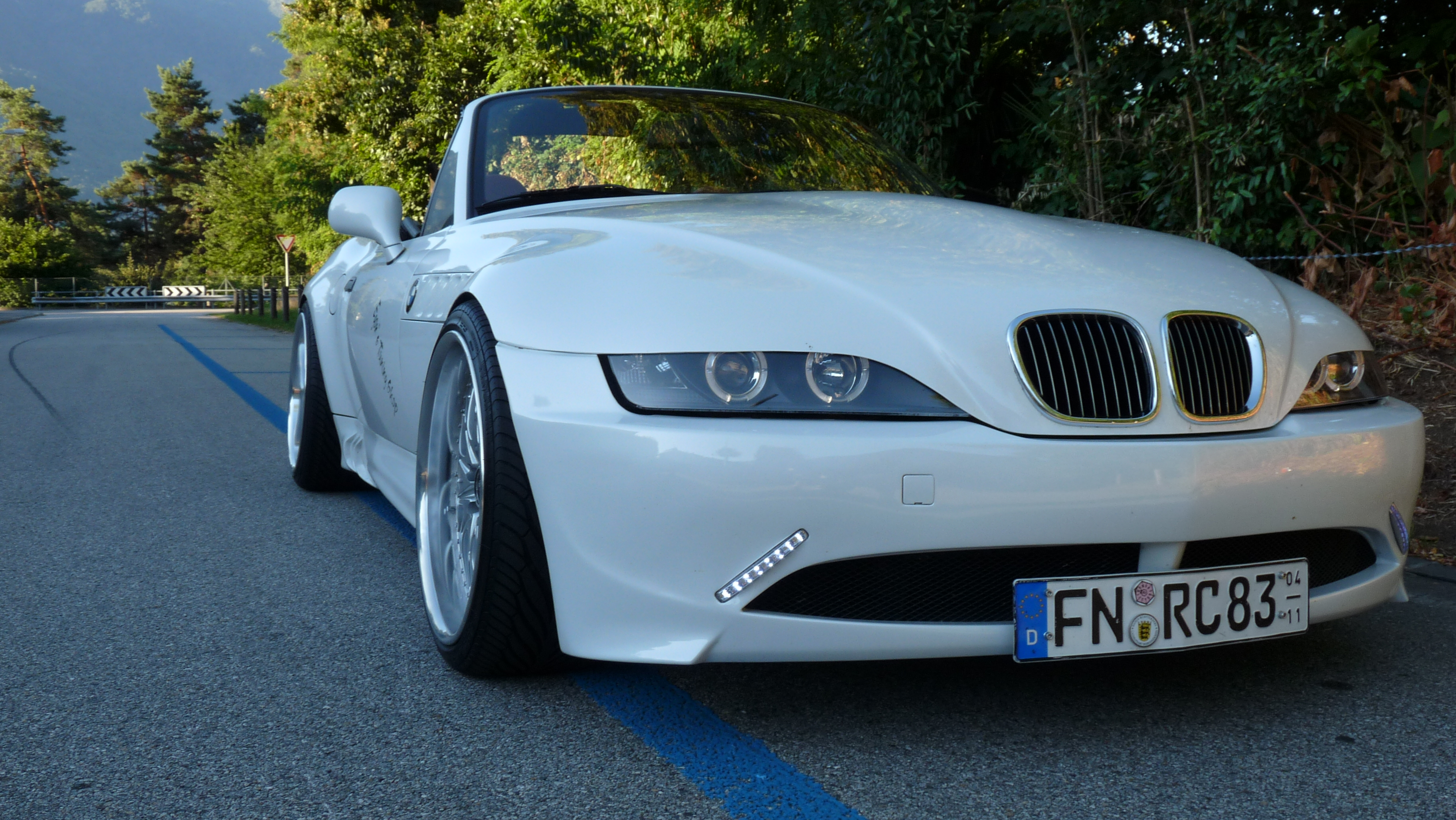 Z3 White Pearl Bmw Z1 Z3 Z4 Z8 Quot Z3 Roadster Quot Tuning Fotos Bilder Stories