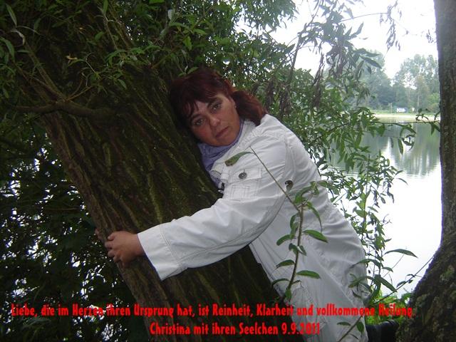 An den Beitrag angehängtes Bild: http://www.abload.de/img/chrissy20116o7m.jpg