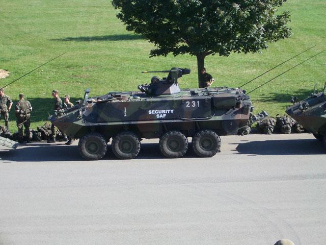 Armée Suisse Cimg0229hlp