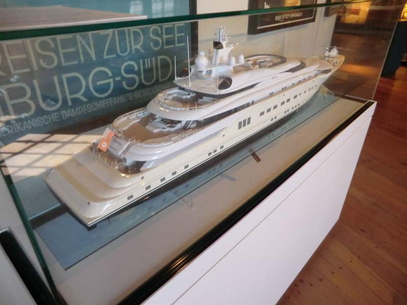 Cruise Days 2012 in Hamburg Cimg466351rbb