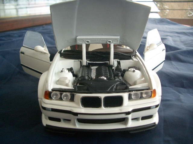 White pearl e36 m3 gtr quotstreetquot in weiss einer von for Balkon teppich mit bling bling tapete toom