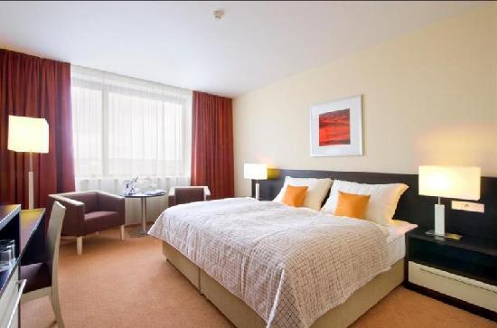 ebay: 2 Übernachtungen in Prag (Clarion Congress Hotel Prag ****) für 2 Personen mit Frühstück für nur 88€