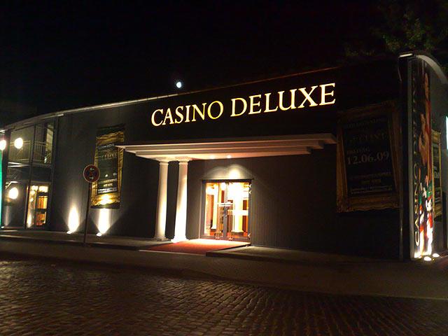 welches online casino deluxe bedeutung