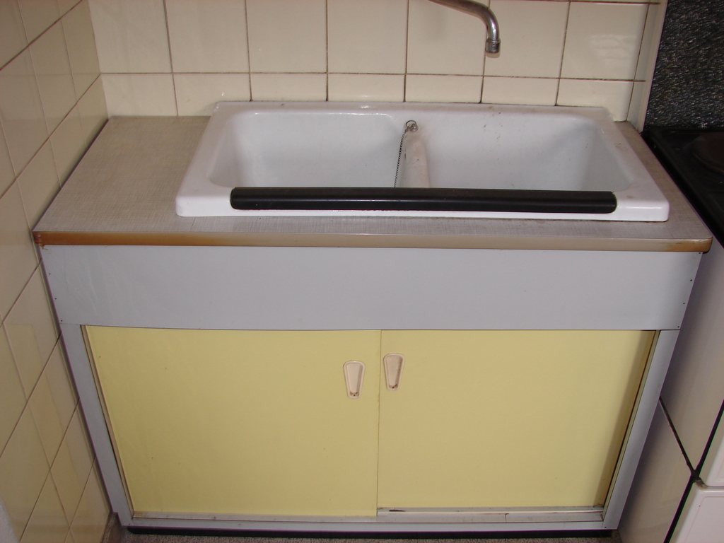 50er jahre unterbauschrank sp lschrank k chenschrank waschbecken shabby chic ebay. Black Bedroom Furniture Sets. Home Design Ideas